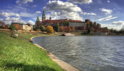 What is worth visiting in Cracow?